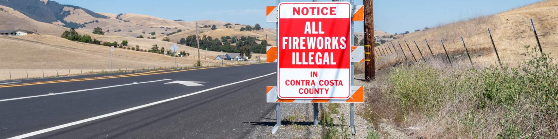 Fireworks Illegal Sign